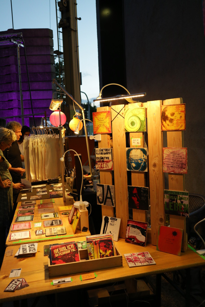 Mondschalltrubel Upcycling-Stand